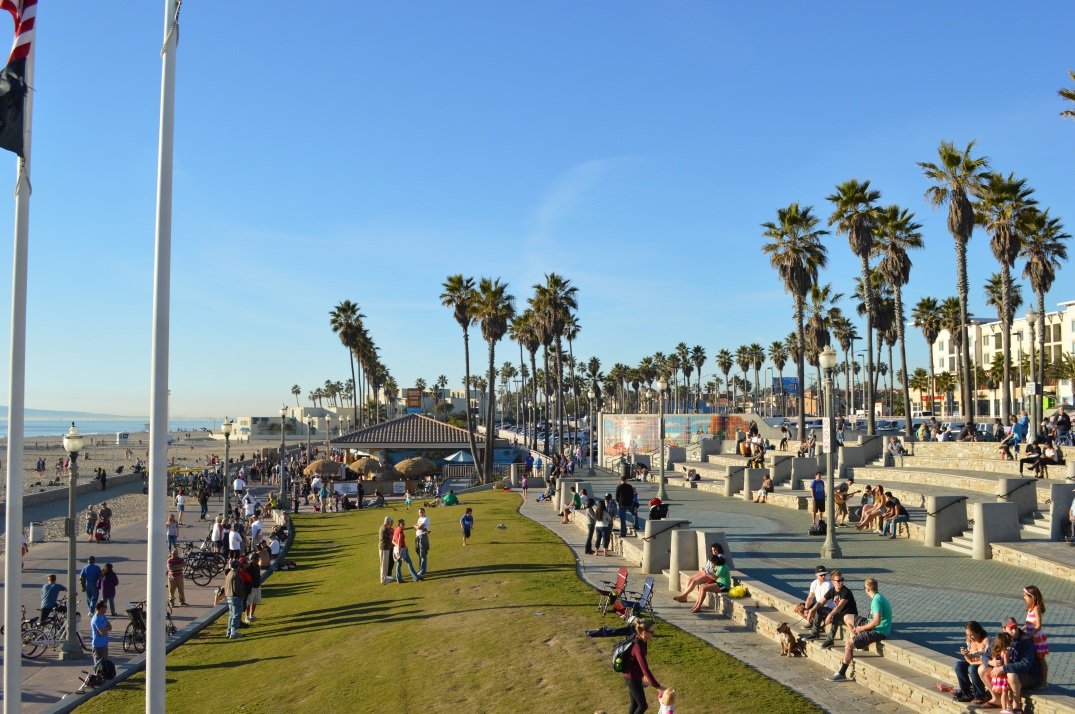 Huntington Beach Promenade Paulette L. Motzko Photography